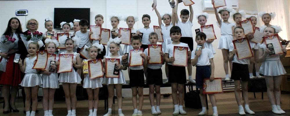 http://happy-children.studio/news/data/upimages/happy-mamonoff/otkrytyi-urok-oblozhka.jpg